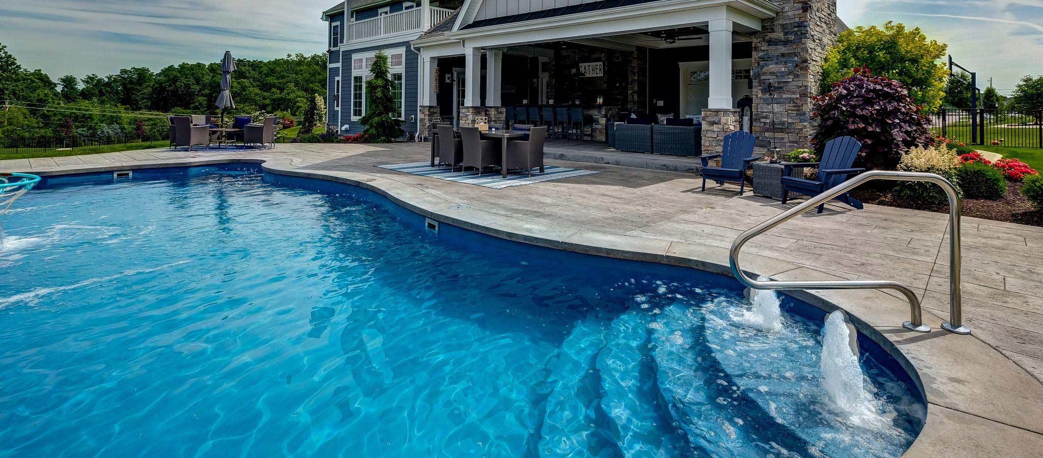 piscina-de-fibra-bh
